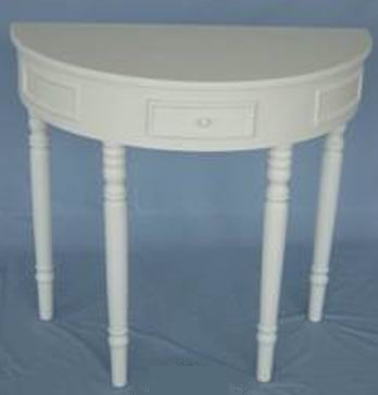 Fully whited covering finish Half round table
