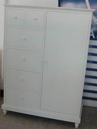 Robe with one doors and 6 drawers in fully whited covering finish
