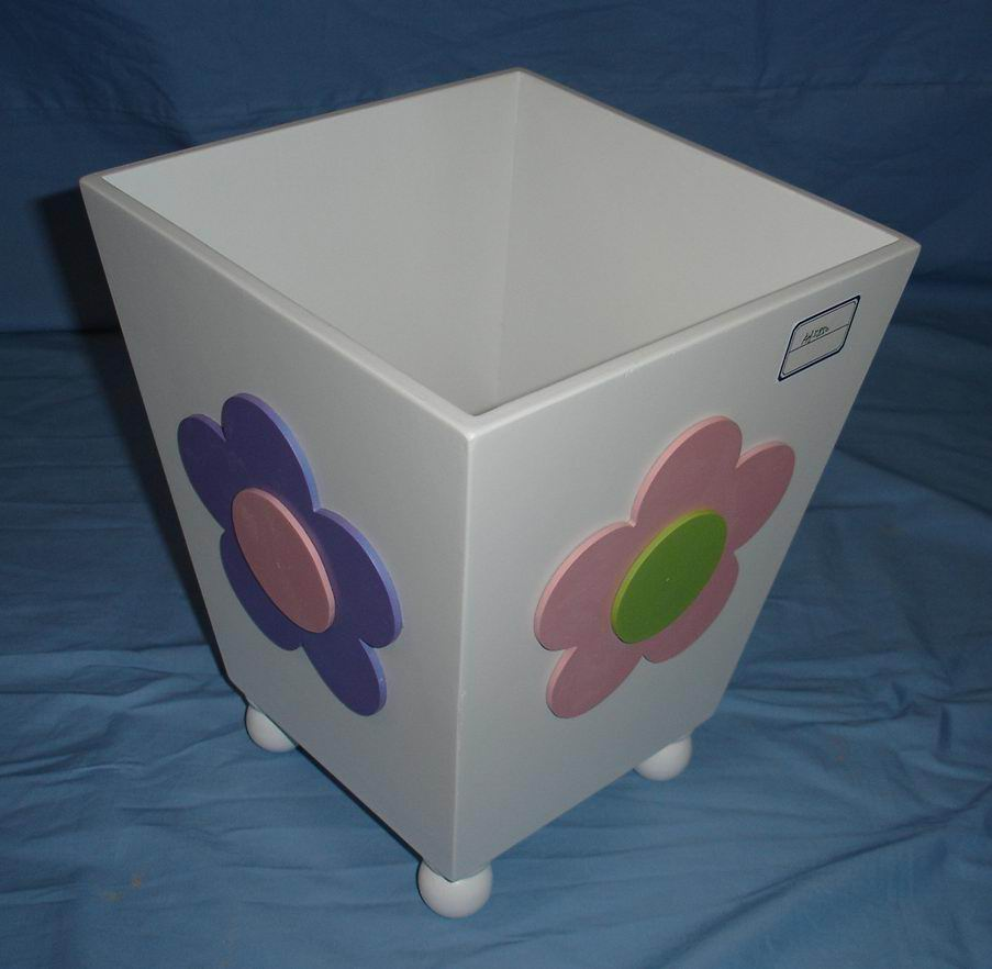 kids toy wood bin in Hand-painting finish