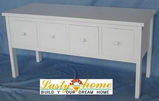 Antique White fully covering 4 drawers of Chest in Nordic style