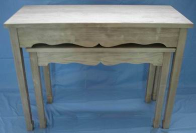 Solid Russia Pine Nest of 2 Tables in Natural Pine Finish