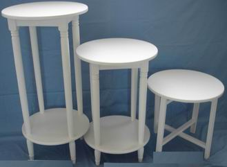 Solid wood Nest of 3 Tables with natural color or antique white finish