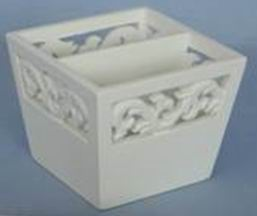 Carved Kids Wood Toy Box Finishing in Antique White Painting